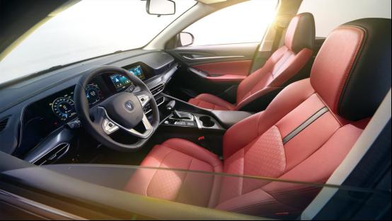2.12-软文2-2020年新车计划:长安首款PLUS轿车逸动PLUS打头阵(1)929.png